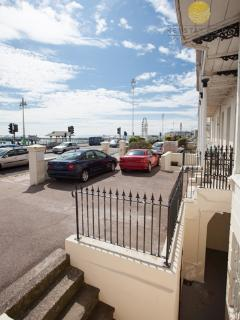 Fantastic central seafront location 5 minute stroll from Brighton Pier and Wheel.
