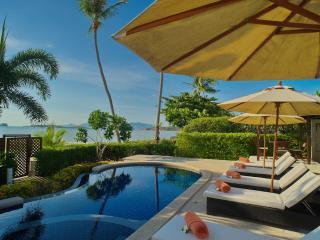 Villa 05 - Great Value Beach Front Villa with Pool, Plai Laem