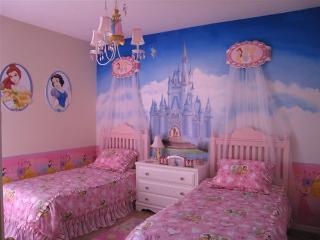 Tuscan Hills 5 bedrom Luxury Disney Villa Florida