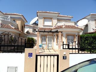 2 Bedroom Detached Air Conditioned Villa El Raso Guardamar