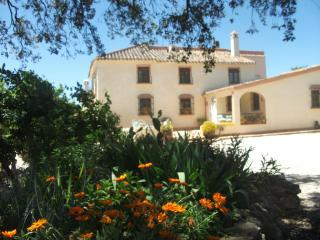Stunning Hispano-Moorish villa, pool,sleeps 6, Antequera