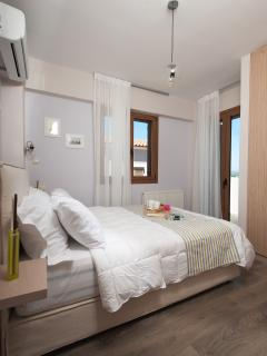 Bedroom-Double bed