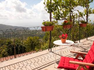 1 Bedroom studio apt near Sorrento, Vico Equense