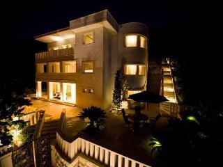 Luxury Villa with Amazing Sea View, Dubrovnik