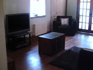 Propect Barn - Lounge (view 2)