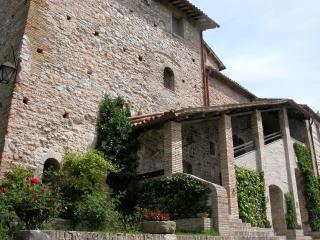 CASTELBARCO Ducal Residence from €29 pp nt, Urbino