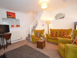 Lounge with retro decor