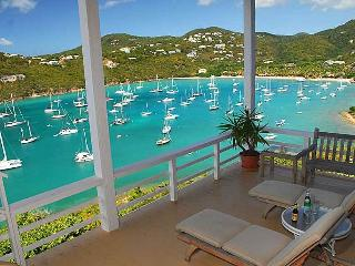Villa Maria: Sunset Views! Great Layout! Pool!, St. John