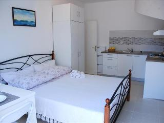 Experience our accommodation in Stari Grad and explore Island Hvar