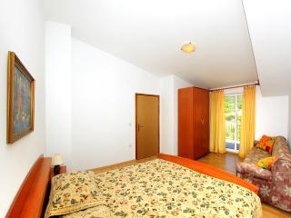 Mediha Apartment on peninsula Pelješac (A7), Orebic