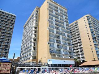 Beautiful 2 Bedroom Condo with a Terrace at the Sands Ocean Club, Myrtle Beach