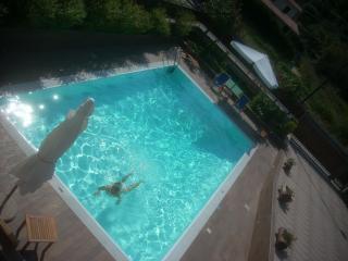 Agropoli : appartamento in villa con piscina