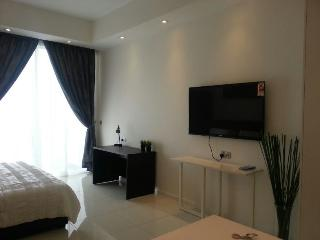 New Fully Furnished Studio Condo near KLCC, Ampang