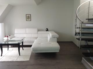 Plovdiv centre quiet apartment NEW, Plowdiw