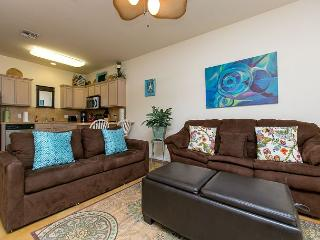 1BR North Padre Poolside Townhome, Near the Beach! Winter Texans Welcome!, Corpus Christi