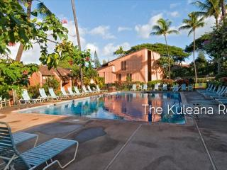 NEW OceanFront 1BR Ground Flr Steps to Sand!, Lahaina