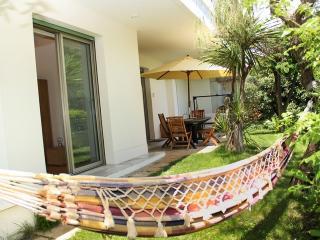 Vaste et luxueux 3p, clim. jardin, terrasse garage