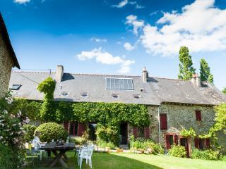 """Holiday Ecologite, Brittany  """"La Riviere""""., Martigne-Ferchaud"""