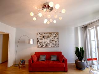 13 TAILLANDIERS :charming flat in Bastille