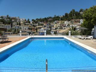 Stunning Views, Beautiful Village settings, Private pool.