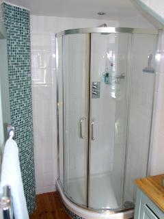 Gig House Cottage bathroom