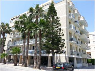 PELIDES APARTMENTS, Larnaka City
