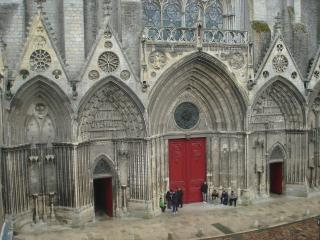 BAYEUX Cathedral's view for 2 persons!!!