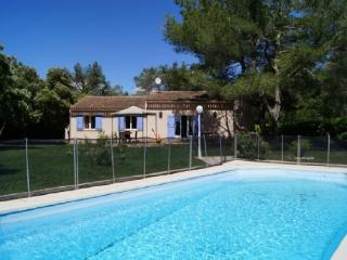 Holiday rental Villas Saint Cannat (Bouches-du-Rhône), 160 m², 1 995 €