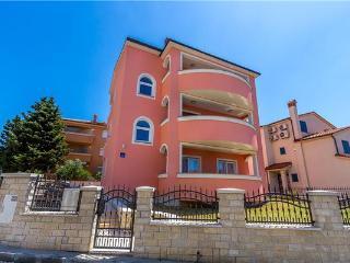 47603-Apartment Medulin