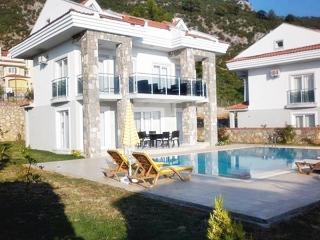 Villa Avuz, Oludeniz