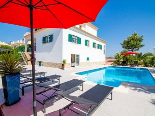 LA RESIDENCIA  CINEMA/XBOX/GYM/POOL/WIFI/UK TV/BBQ, Castro Marim