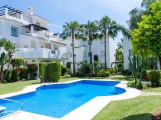 Apartamento duplex con solarium en Puerto Banus
