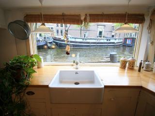 Karins Houseboat, Ámsterdam