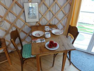 Tisch in Jurte