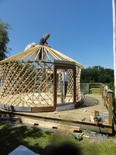 Aufbau der Jurte im 2013