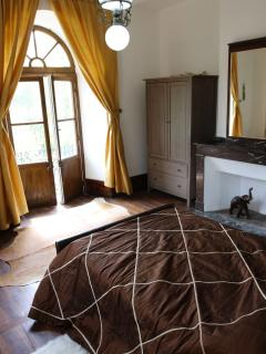 Sahara Bedroom (has ensuite bathroom) 2nd floor, dual aspect.