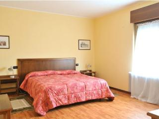 Fattoria 2 (2nd. floor, 3 bedrooms, 1 bathroom apartment)