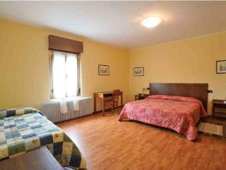 Fattoria 2 (4 room apartment)