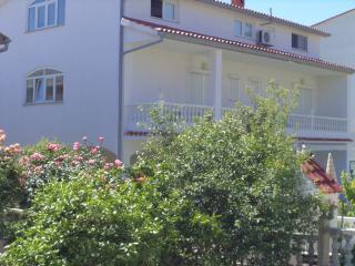 Ferien Haus Perkic-RAB, Palit
