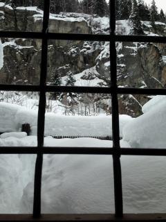 seconda entrata e giardino montano