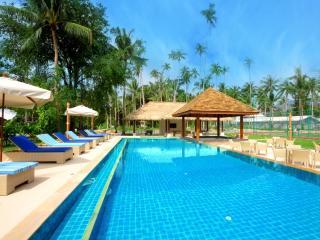 Baan Sarika 5 BR Luxury Beachfront Villa