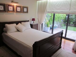 Guest House/ Rooms