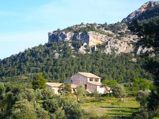 Casa Rural de 400 m2 de 9 habitaciones en Valderro