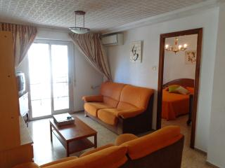 Bright 4 bedroom Flat WiFi 7 huma, Valencia