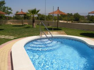 Villamartin entregolf villa 3 bed/2 bath Wifi air con shared pool
