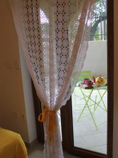 lace curtain: all details are studied to create the right feeling in the house