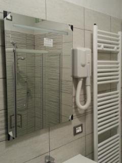 bagno principale e asciuga capelli