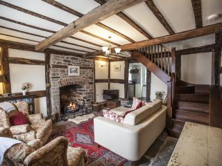 Appletree Cottage free wifi, Presteigne
