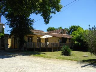 Roque Terrace, Holiday Gite rental for 2, Dordogne, Peyzac-le-Moustier