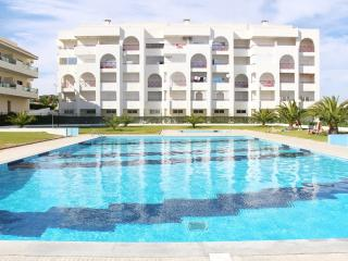 2 Bedroom Apartment with swimming pool, Armação de Pêra
